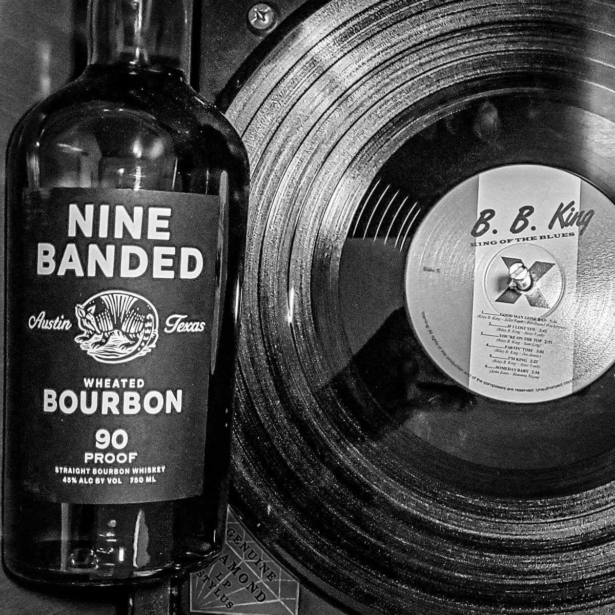 For us, #vinyl says kick back with a glass of #bourbon, or maybe it was the #blues cascading from the speakers. #drinkwhiskey  https://t.co/SHiqreZ1V7