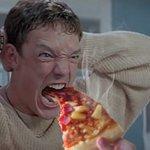 Image for the Tweet beginning: OMG, horror movie screams photoshopped