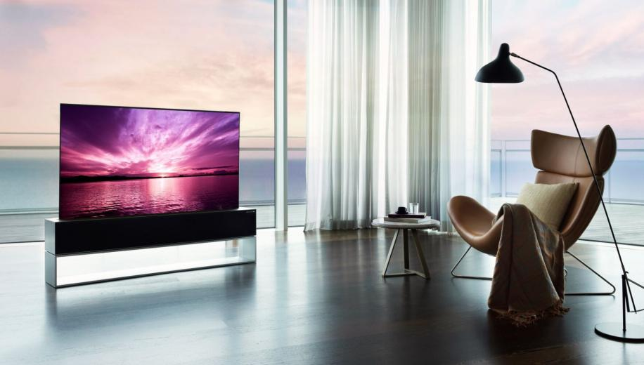LG's long awaited rollable #OLED #TV, the Siganture OLED RX, has finally made it to consumer stores in South Korea. https://t.co/OQPpRyygMU  #LGTV #RollableTV #LGRX https://t.co/k6oXDBQsJI