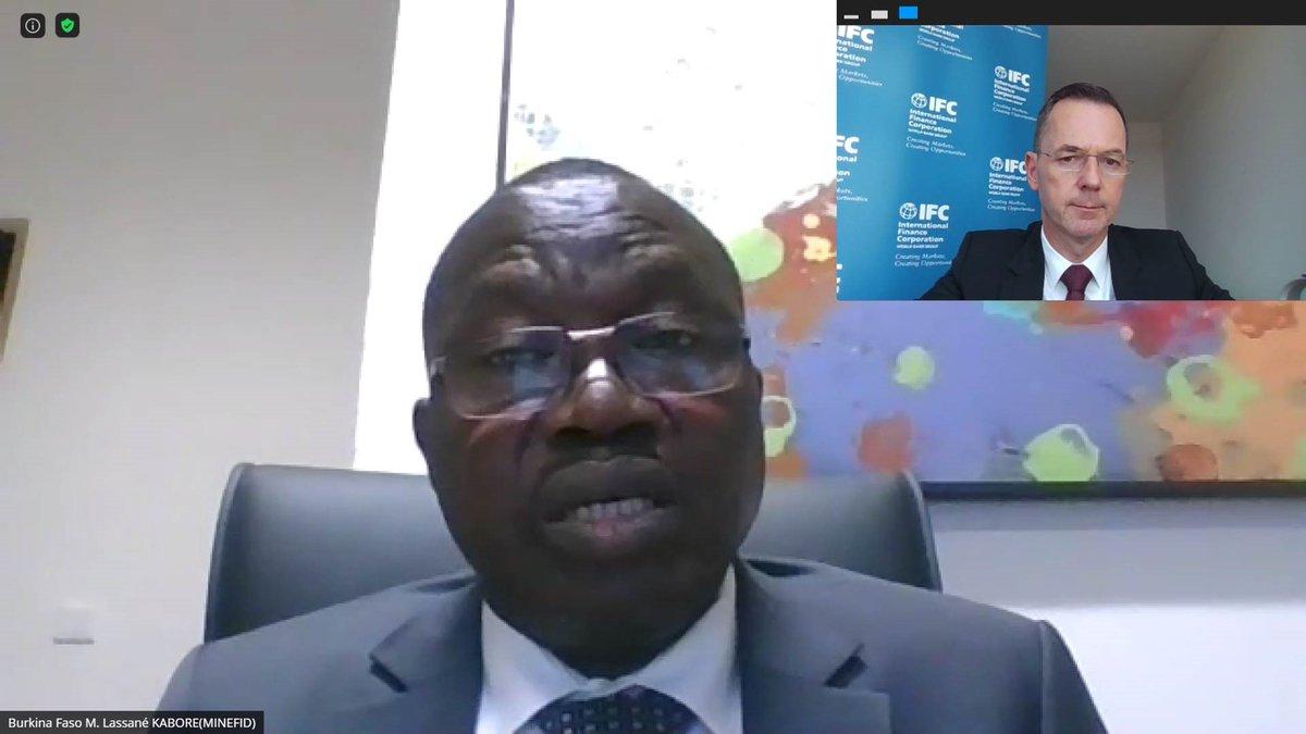 Rencontre très intéressante avec SE Lassané Kaboré, Ministre de l'Économie, des Finances & du Développement du #BurkinaFaso. Soutenir la création d'emplois et la transformation économique du #Sahel est une priorité pour @IFC_org. https://t.co/NcAz9UlE1G