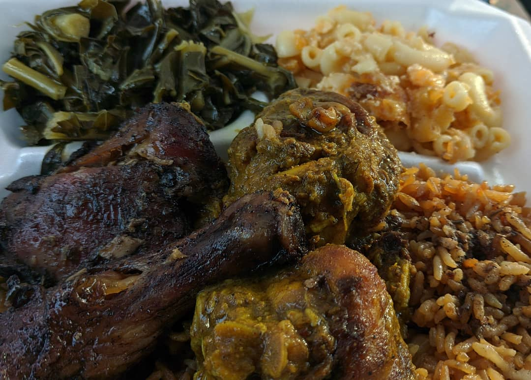 taco_thechef - Bone-in jerk and curry w/ collard greens, jerk mac & cheese, and jerk fried rice from Rose's Caribbean Restaurant (IG: @rosescaribbeanrest) here in Columbus, GA.  This food was unbelievably delicious. I can't wait to try everything else on the menu 🤤