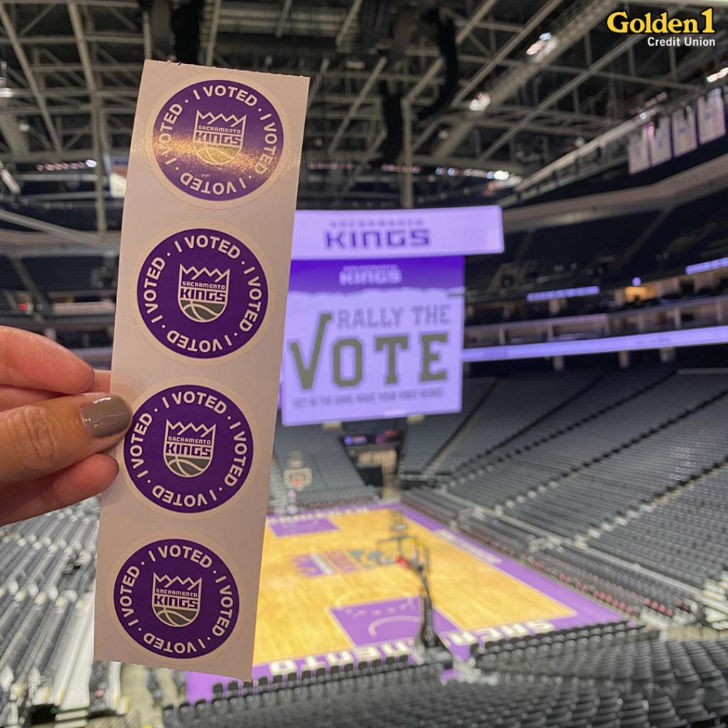 Golden 1 Center will serve as the largest Vote Center in Sacramento County and opens on Saturday for Vote Early Day!  Come on down to vote in person or drop off your ballot! https://t.co/AgvGOEoAKA