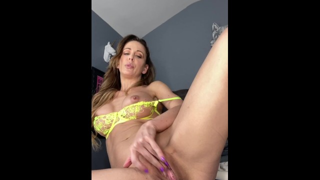 Love Big Ass? Someone just bought this video: https://t.co/H1daWGywlQ https://t.co/G4IYNBPZAp