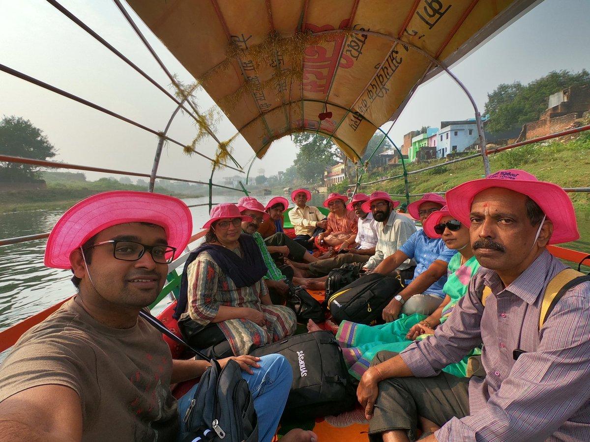 Exploring the historical places on the banks of Mandakini River in Chitrakoot  #Mandakini #Chitrakoot #UPTourism #DekhoApnaDesh @incredibleindia @uptourismgov  🎥Our Trip Videos(with English Subtitles)  https://t.co/Uq5RHcyzPk https://t.co/hAmiXcxI8t