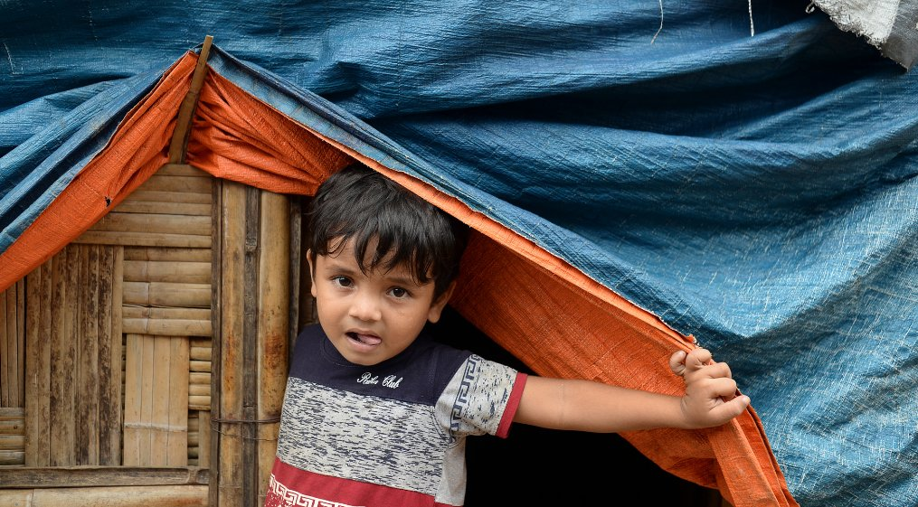 The UK is giving $63m in aid for tens of thousands of Muslim Rohingya refugees living in Bangladesh camps https://t.co/BqtPpxOwCQ https://t.co/vn4ge4HBv3