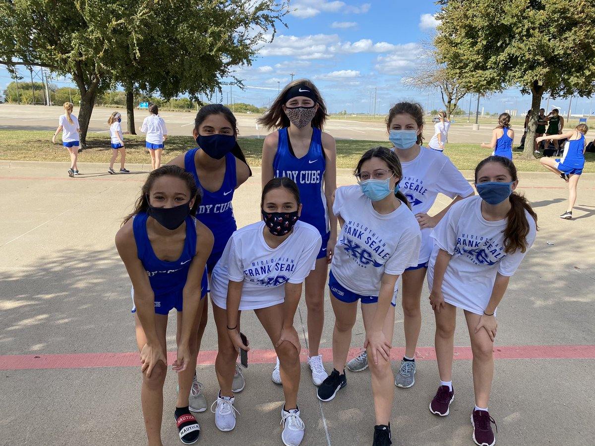 Smashing through the competition at our last XC Meet of the year! #misdproud #becausecubs @jwfos22