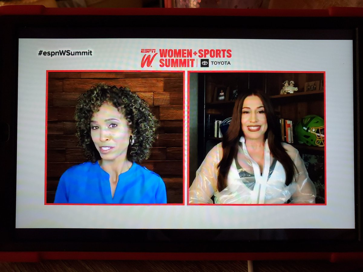 "#espnWsummit #DanyGarcia @DanyGarciaCo Keynote Speaker, Co-Owner XFL ""Invest in yourself""  ""Service Through Capitalism"" - Wow!   THANK YOU!"