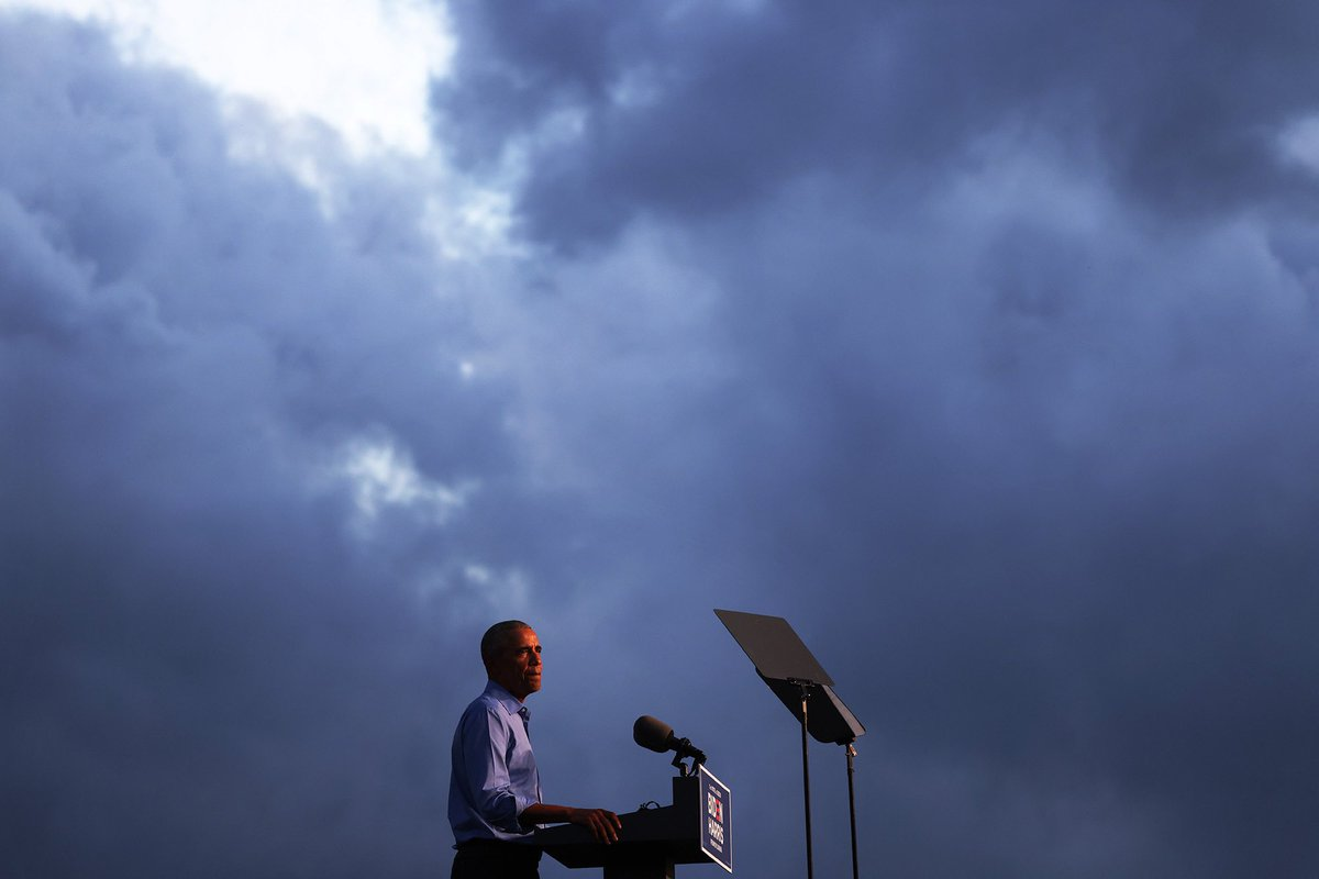 Former U.S. President @BarackObama pauses as he speaks at a drive-in rally during his first in-person campaign eventfor Democratic presidential nominee @JoeBiden in Philadelphia, Pennsylvania. (Michael M. Santiago/Getty Images) https://t.co/Zo88gE3KvQ