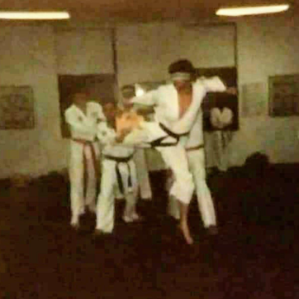 Promotion test doing a Blind Jumping Spinning Back Kick for my 1st Degree Black Belt in World Tae Kwon Do Federation under Grandmaster Tiger Kim Bronx, NY #AnthonyTheTigerCruz #TeamRenzoGracie @Twitter https://t.co/LkSqxGFriw