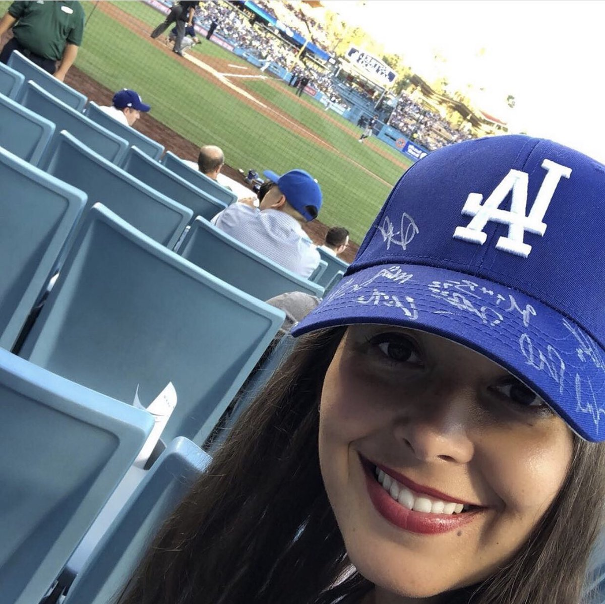 Take me OUT to the ball game. Take me OUT with the CROWD... ... root root for the home team... ⚾️ for it's one, two, three strikes your OUT #freedez #endcovid   #dodgers #dodgersnation #losangeles #longla #teamla #uclabiodesign #uclainnovates https://t.co/CLefE3VQEB