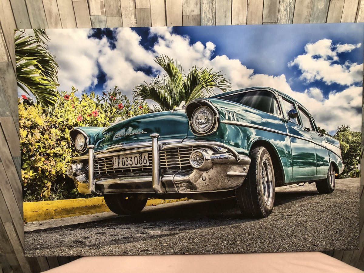 Here's another print we produce.  It's a #1957Chevy with a #Cuban plate.  It's on hand stretched canvass and is 24x36.  It sells for $100. https://t.co/tftLorufgA