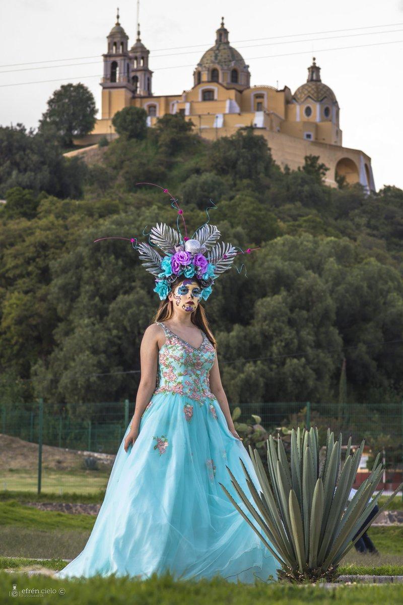 Retratos de Catrinas 🇲🇽 Modelo: @Seylé Gómez  Producción y maquillaje: Erika Ponce Foto: Efrén Cielo © 📷  #Fotografía #sesionesfotograficas #sesiondeFotos #Catrinas #catrinamexicana #catrinamakeup #Retratos #Nikon #México #Puebla #Fotógrafo #ecielom #EfrenCielo © 📷 🇲🇽️ https://t.co/x4LsVJSOWP