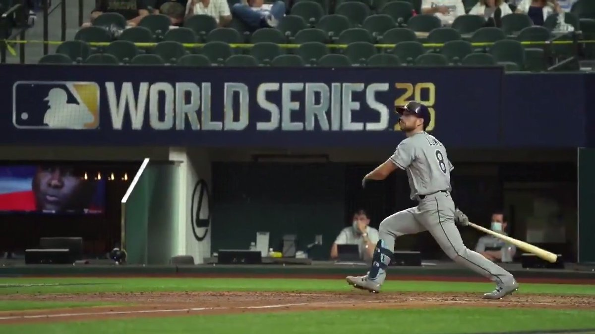 Replying to @MLB: There he goes. There he goes again.