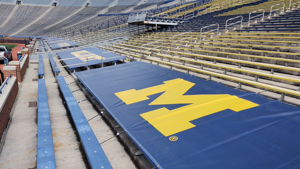 Here is a sneak peek inside Michigan Stadium. They've got new signage around the Big House. It was all done by CGS Imaging out of NW Ohio. https://t.co/FLDep3ZxIe