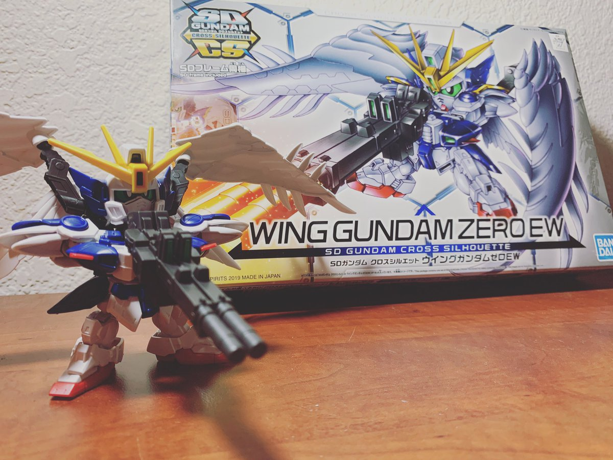 Just finished my first Gundam build 😏👌🏼 ... ... ... #twitch #live #livegaming #gamer #pcgamer #goinglive #TwitchAffiliate #twitchcommunity #family #SupportSmallStreams #livepcgaming #smallstreamer #pcgaming #livegamer #pc #gaming #support #f4f #please #help #thankyou #love https://t.co/5QcbY7nz5A