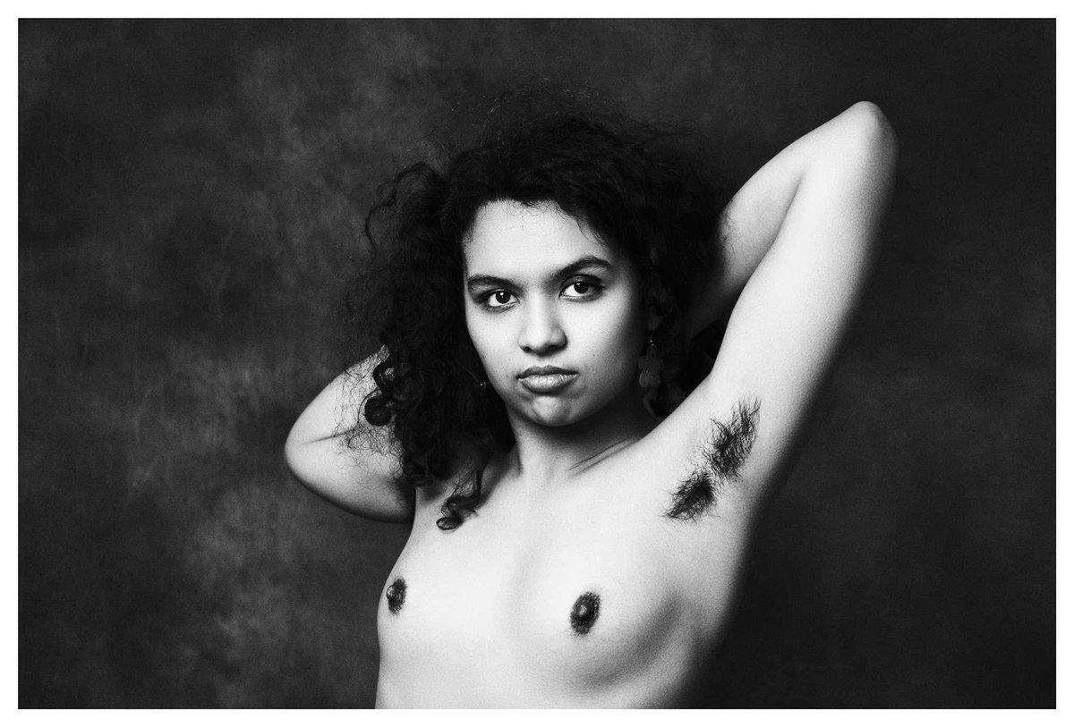 © Livio Morabito Photography Laura  #portait_ig #portraitfeed #portrait_vision #portrait_shots #portrait_society #portraitpage #portraitvibez #womanportrait #girlgaze #portraitcollective #cityview #limbo #instablackandwhite https://t.co/myXDU5uQPV