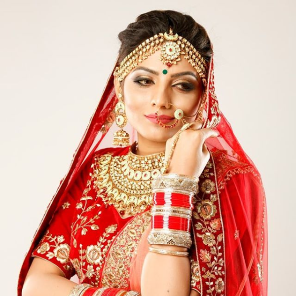 make-up by Sukanksha Gupta  #sukanshagupta #arohissalon #makeup #beauty #nails #nailart #hairstyle #skincare #skin #haircare #vaishalinagar #imliphatak #chitrakoot #jaipurmakeup #bridalmakeup  https://t.co/7rNHTW7TPo https://t.co/iV7vIev3Ot  Ph. No. : 0141-4107928,9828508424 https://t.co/pLIAmpvuX3