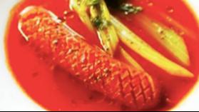 ジョンソンヴィルの濃厚トマトスープ😍お肉の旨みがスープに溶け出して😆 ぷりぷりの食感をご堪能ください🙌 パンをスープにつけても🤗#ジョンソンヴィル #夕飯 レシピ👉