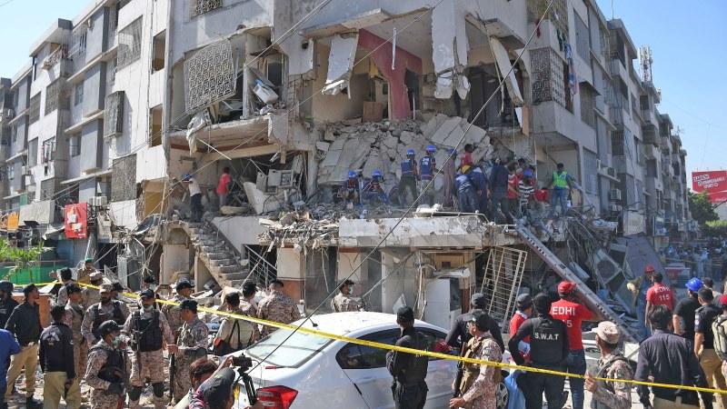کراچی: مسکن چورنگی دھماکے کا مقدمہ درج https://t.co/4q0Le6oDzw #FIR #Registered #After #Explosion #Kills #Karachi #Maskan #Chowrangi @SindhCMHouse @MediaCellPPP @PTI_KHI @PTISindhOffice #Sindh https://t.co/1HOKslsKvW