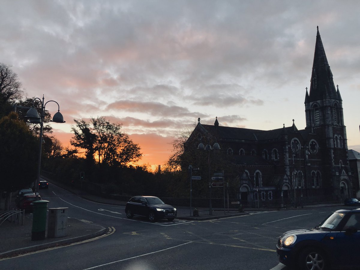 Beautiful, but rather chilly morning in #Cork! #corkcity #ireland https://t.co/H4l1SwCPuM