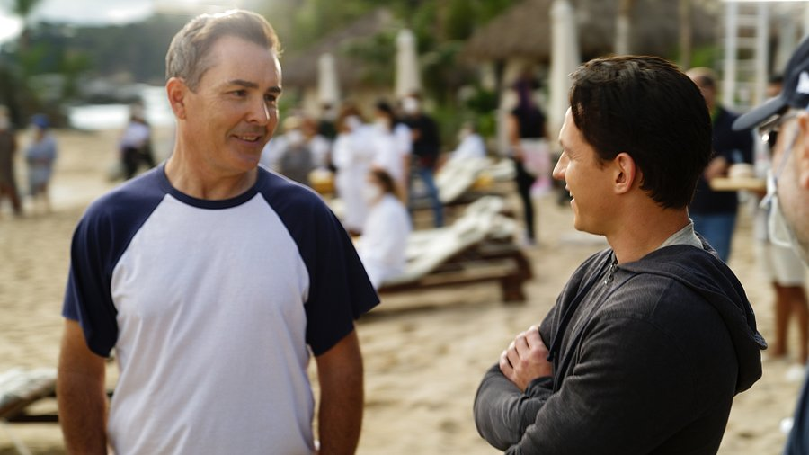 Photo of Nolan North (who plays Nathan Drake in the Uncharted video game series) on the set of the Uncharted movie speaking with Tom Holland (who plays Nathan Drake in the upcoming Uncharted movie).