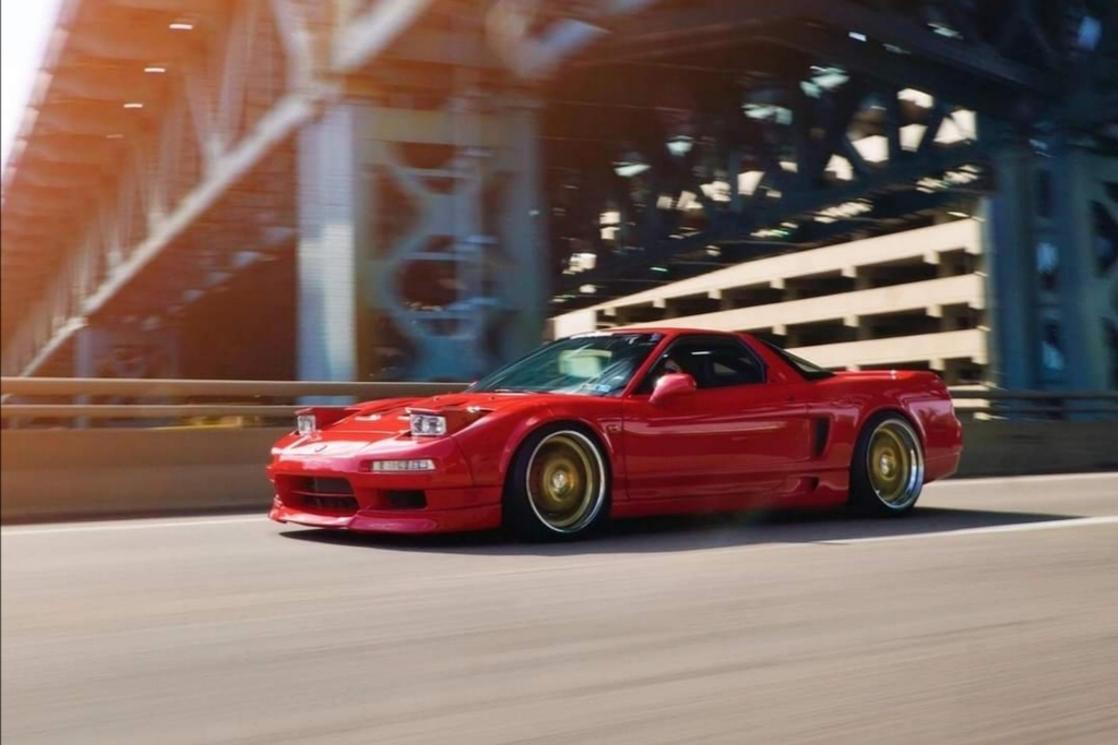 Gorgeous Red NSX rolling #bugatti #ferrari #porsche @cars https://t.co/YLXgU8gqDk