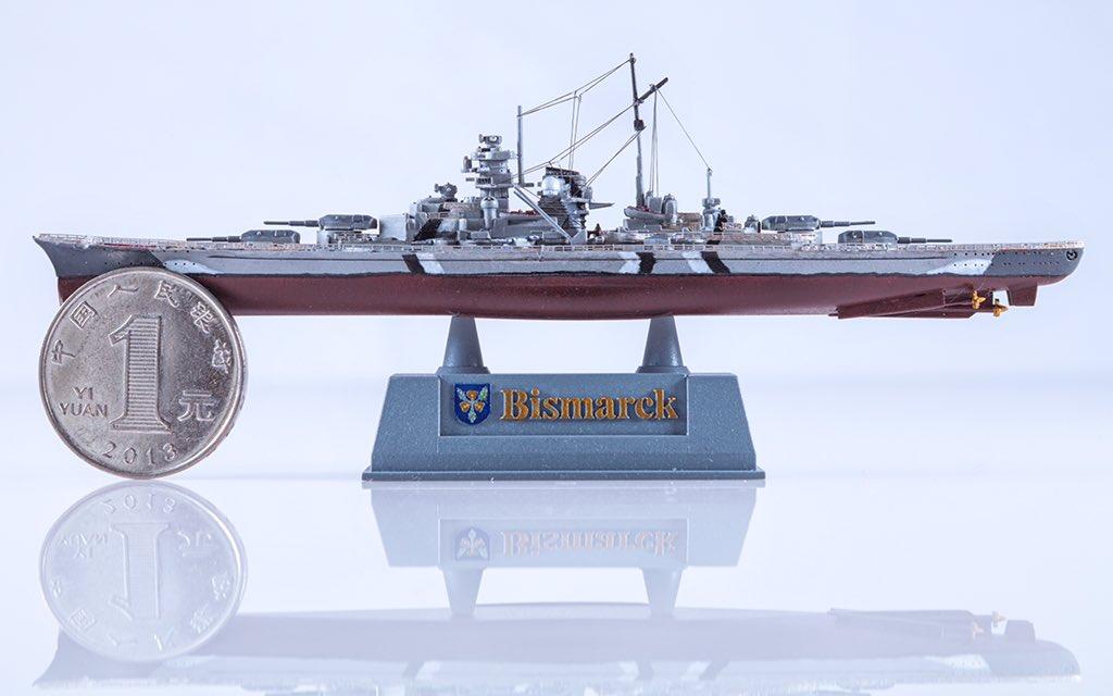 1/2000俾斯麦 板件:鹰翔FH9001 蚀刻片:栏杆(tb上淘的) 张线:鹰翔FH100001  #玩具摄影 #模型 #模型船 #军模 #鹰翔 #俾斯麦 #战列舰 #photography #toyphotography #model #modelship #militarymodel #flyhawk #bismarck #battleship #撮影 #おもちゃ撮影 #モデル #軍事モデル #ビスマルク #戦艦 https://t.co/mq0Sq7NgqW
