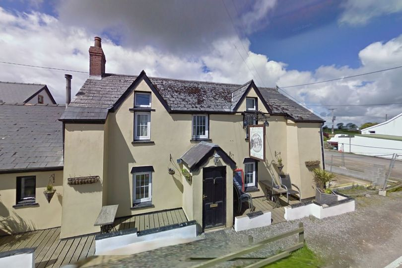 Carmarthenshire pub ordered to close for 14 days - three days before fire-break lockdown ➡️ bit.ly/35rlz4c