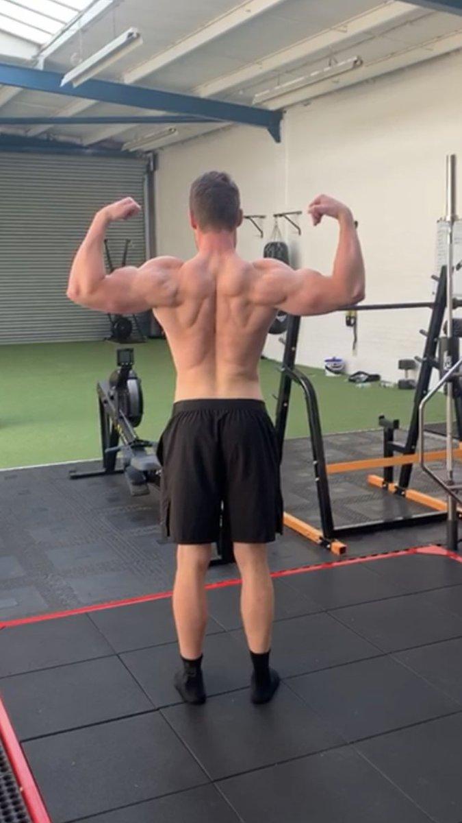 Wanna bigger back? THREAD ⬇️