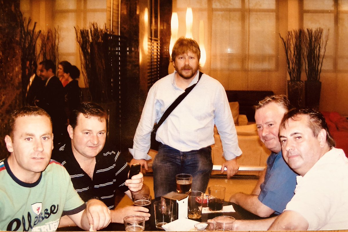 Remembering our Tommy B today on his 5th anniversary. Here's one with some of his buddies; Finbarr, Roy, Paddy and Paulie - happy times 😊❤️ https://t.co/EnseX85Cjl