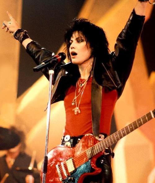 #80s #80srock #eighties #rockandroll #music #glam #glamrock #heavymetal #heavyrock https://t.co/hpJiOwgZOM