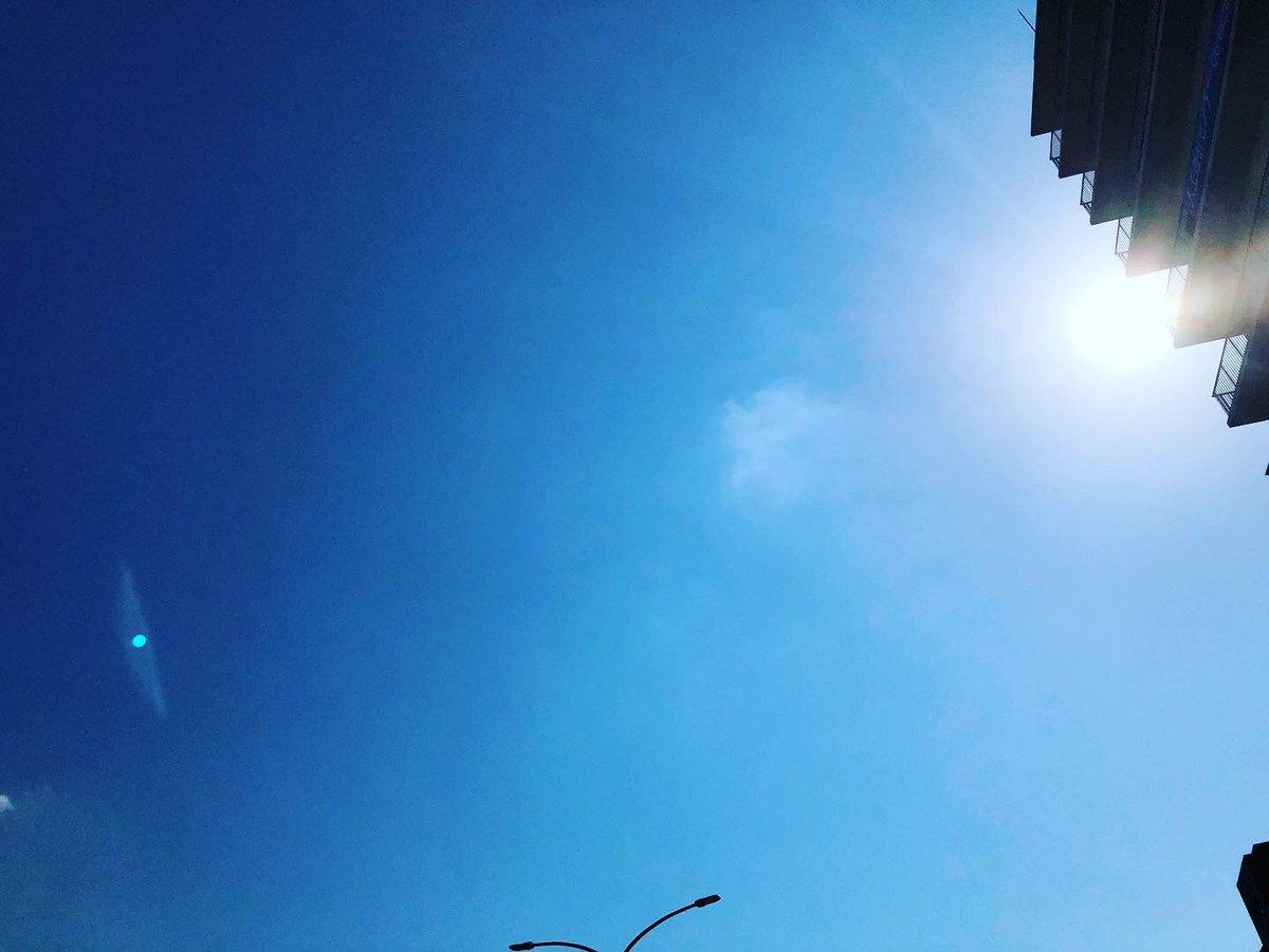 キョウソラ 20/10/21 1 ・ #空 #そらふぉと #写真撮ってる人と繋がりたい #空の写真が好きな人と繋がりたい #写真好きな人と繋がりたい #空の写真撮ってる人と繋がりたい #ファインダー越しの私の世界 #イマソラ #キョウソラ #ダレソラ #キリトリセカイ #dare_sora #photo #photograph #sky #skyphoto https://t.co/ZzIWHk2Pmr