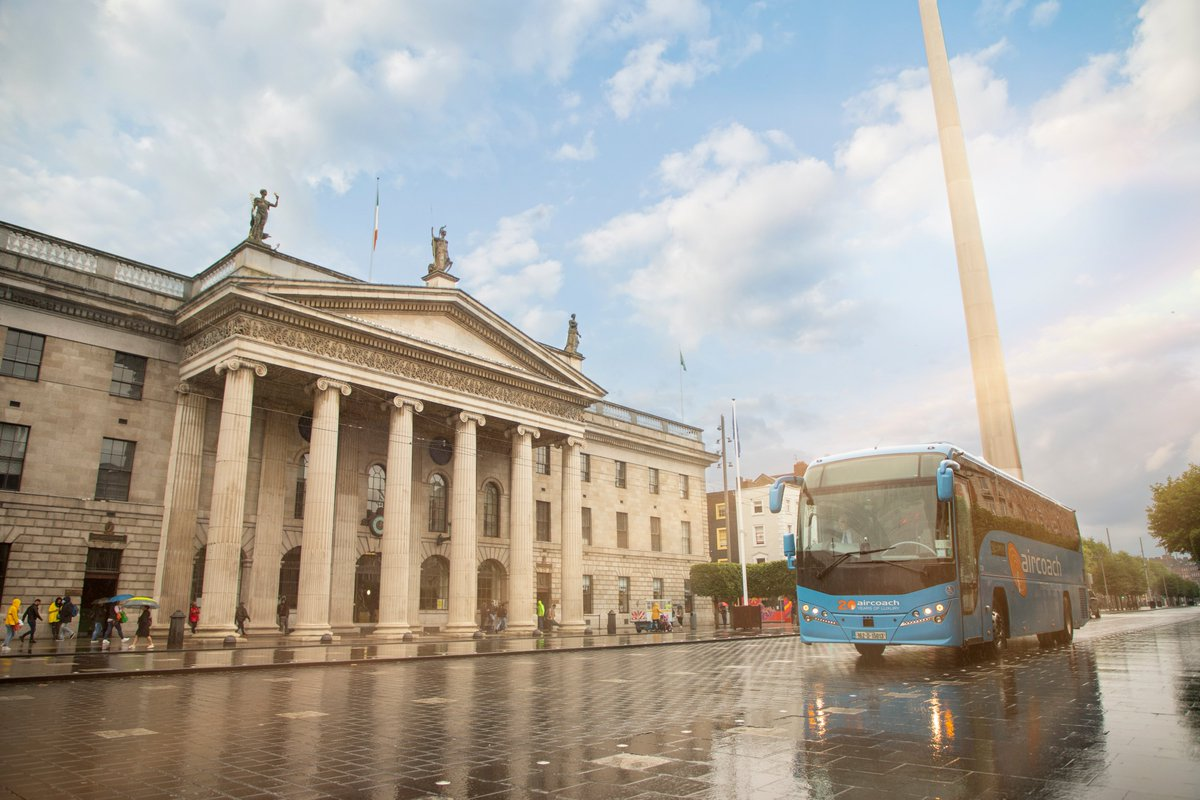 The Aircoach to Dublin is still operating for essential travel (with 12 seats per trip) https://t.co/ii4pujBOG3   #Level5 https://t.co/S0X7ur5qDJ