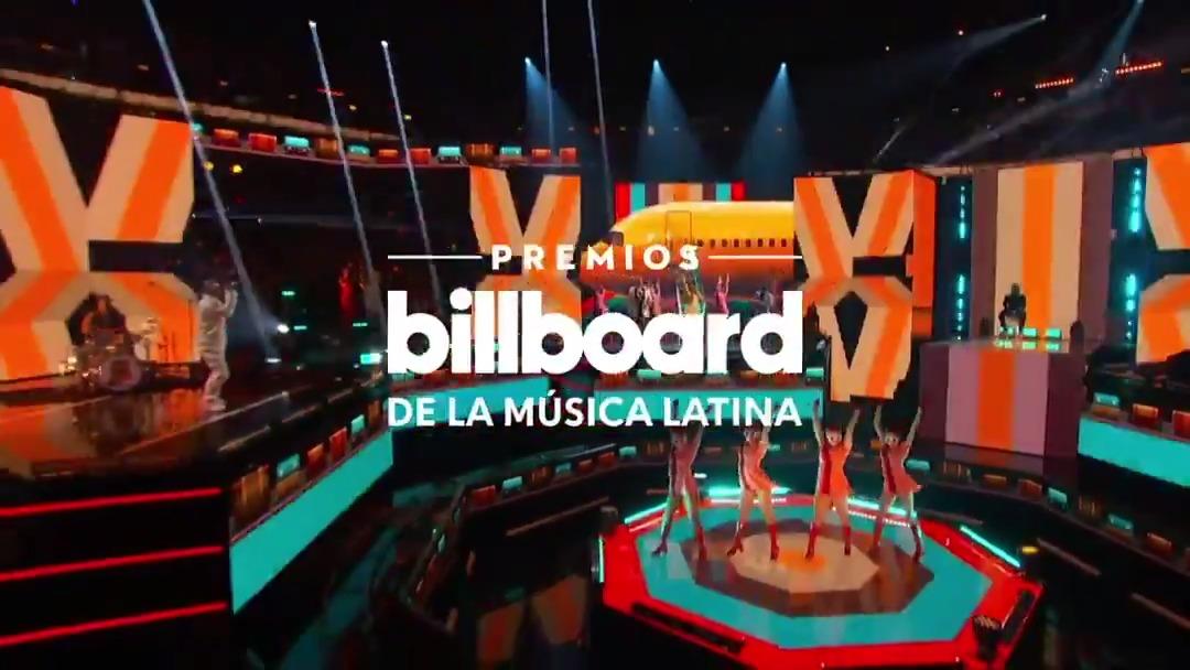 MUCHAS GRACIAS @LatinBillboards for having us last night!! 🙏🙏🙌 We had a blast performing MAMACITA alongside our hermano @ozuna!  @billboardlatin @billboard