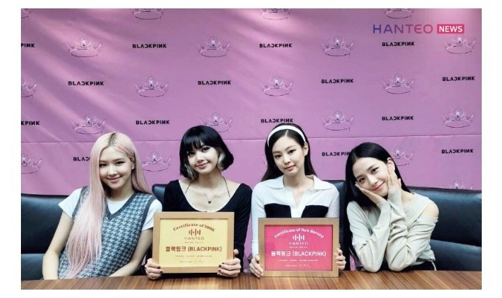 @HarutoMyRuto @BLACKPINK [INFO] 201022 BLACKPINK receives 'Certificate of 500K Initial Chodong sales' and 'Certificate of New Record in Initial Chodong sales in Girl Group Category' from Hanteo Chart.   🔗  #TheGroup #BLACKPINK #PCAs @BLACKPINK