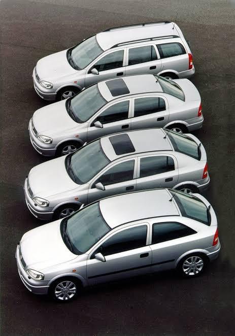 Cuando @GeneralMotorsMx se animó a traer la gama completa del @Opel #Astra a México. Inicios del 2000. Tuve el #GSI con el Ecotec de 2.2L y 150 hp. Qué gran auto. #PieDerechoFondo @kmafondo https://t.co/4L9760wnXD