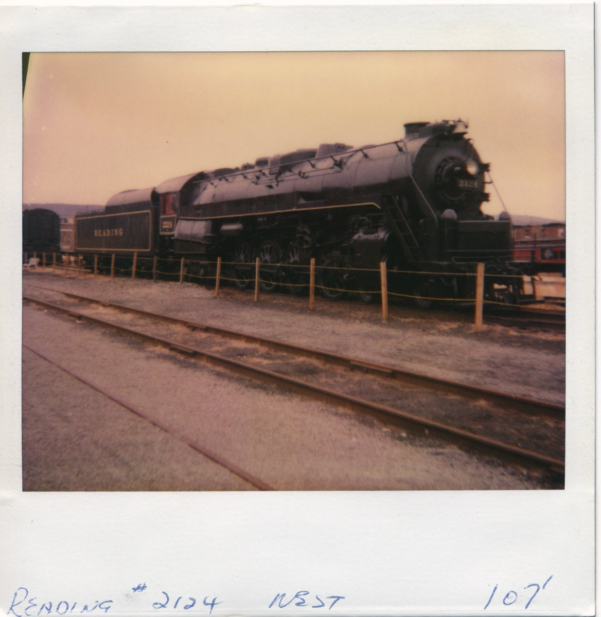 "#DYK While it is spelled ""Reading"", it is pronounced ""Redding"". During the last couple years, engines like 2124, represented steam locomotives in their ""last hour"" on America's railroads.  #TheMoreYouKnow 🌠  #IronHorseRambles https://t.co/mvH43oXIVB"