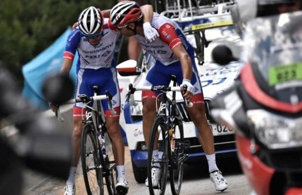Thibaut Pinot no toma la salida en la tercera etapa - https://t.co/5hwNgYLGmg #Deportes https://t.co/MjXKBlyDZy