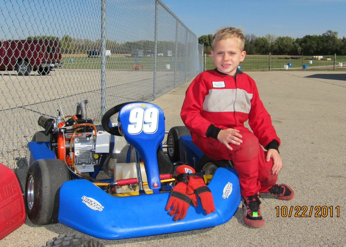 Almost 9 years to the day of Jason getting his first practice in a kart in he took to the seat of a F1600 in his first car race.  #scca #FRP #ThrowbackThursday #tbt #racing #karting #FunWithCars #KeepKartingFun #riceraceprep #hoosiertires #briggsandstratton https://t.co/gX39Cfoene