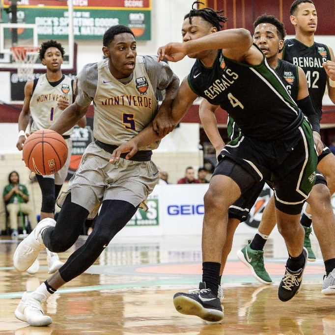 #TBT: On 3/31/17, MVA defeated Greensboro Day (NC) in the semi-finals of the DICK'S Sporting Goods High School Nationals, 72-45, advancing to the national championship game for the 5th time in 6 years. RJ Barrett had 26 points, Sandro Mamukelashvili had 11 points, and 7 rebounds. https://t.co/cMOm3paOvV