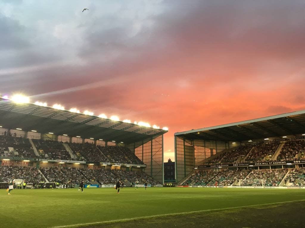 Damn, I miss this place. #Hibs #GGTH 💚💜🇳🇬 Not my photo btw. Whoever took it, its a belter👏 https://t.co/PvjBUo48SJ