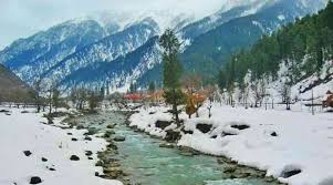 #Thread on Gangotri & Ganga  Gangotri is a small town & one of the Char Dham Sites located in Uttarakhand. Also known as an abode of Ganga. The word Gangotri is a combination of two words that describe the event i.e. Ganga + Uttari, which roughly translates into Ganga descending. https://t.co/ivZOVmeLrj
