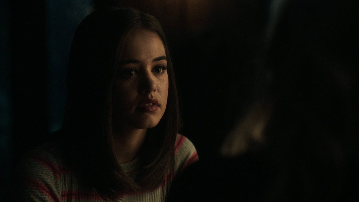 i am begging legacies to let kaylee keep her natural hair, she really does not need that wig