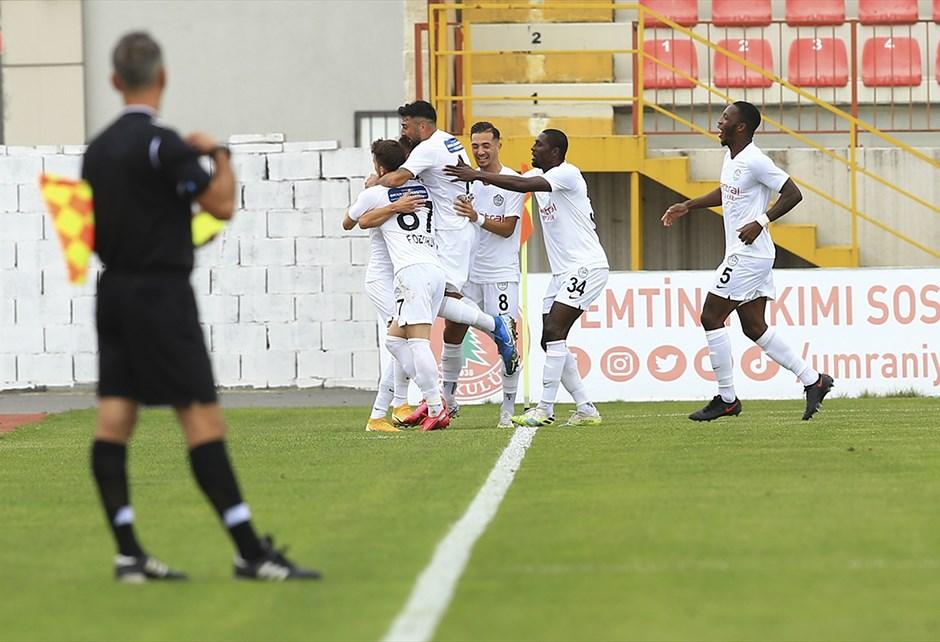 TFF 1. Lig'in 6. haftası, bugün oynanan 3 maçla sona erdi.  Ankaraspor'u 2-0 mağlup eden Tuzlaspor haftayı lider tamamladı.  İşte TFF 1. Lig'de puan durumu:  https://t.co/btYyZckhJw https://t.co/JwDYMPfONN