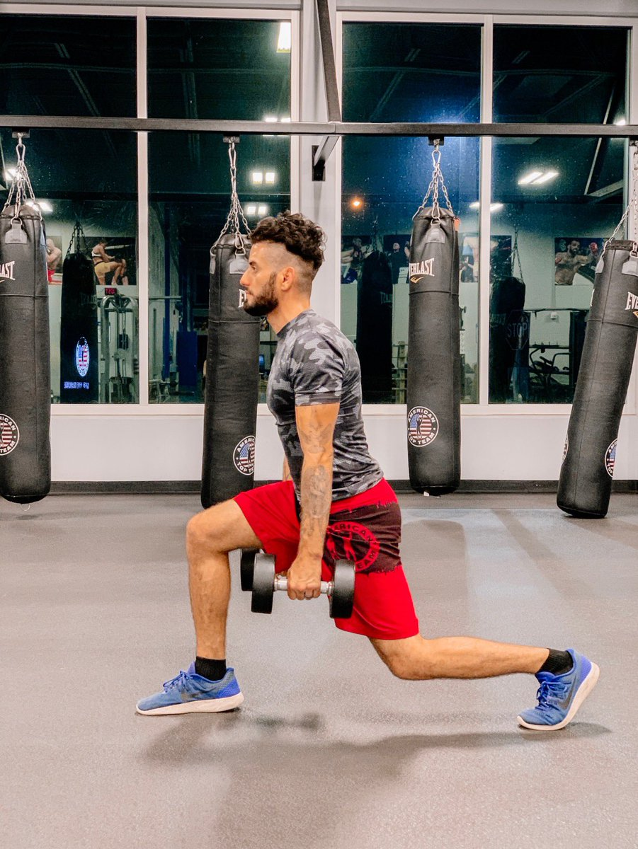 Trying to become the best me  #mma #muaythai #boxing #beastmode #champion #kickboxing #hardwork #grappling #fitness #fitnessmotivation #fitnessaddict #americantopteam #winner #wrestling #picoftheday #instadaily #photooftheday #instalike #life https://t.co/j29cuyE1AH