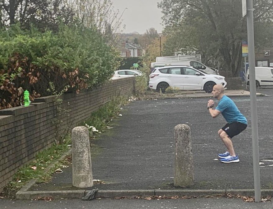 Brilliant quick thinking and flexibility by our @OCLactive instructor @Patrickwolst who had his virtual delivery of his Multiple Sclerosis class interrupted by the fire alarm  ....simply carried on in the pub car park opposite the centre! #DreamTeam #TopPro https://t.co/kTrb78DNhz