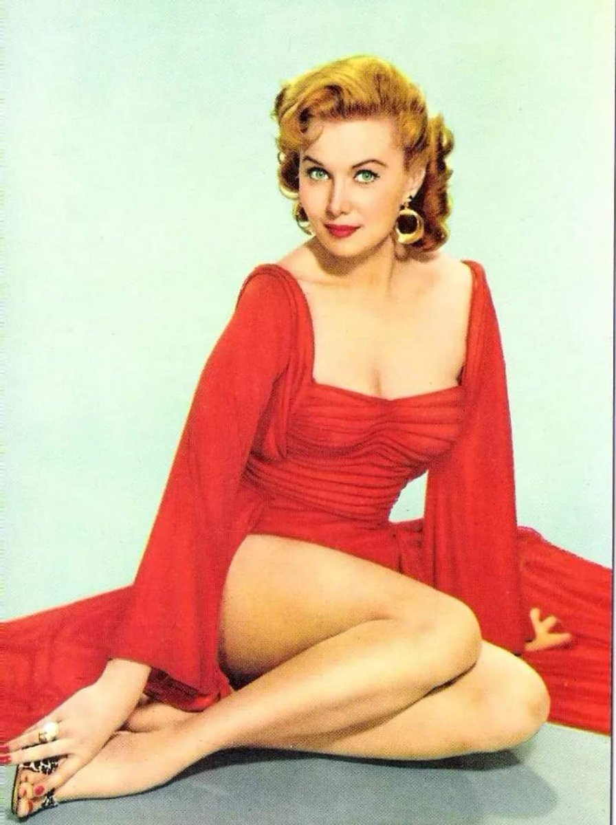 Rhonda Fleming https://t.co/pqJhdSADUE