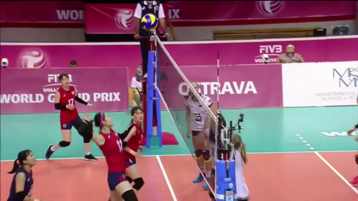 2017 #FIVBWorldGrandPrix Group 2 Semifinal: Korea 🇰🇷 vs 🇩🇪 Germany  LINK: https://t.co/miTR7nDgK4  Kim Yeon-koung hammered out a fantastic 27 points for the Asian squad, while Louisa Lippmann led the charts on the European side with 24. https://t.co/esjkpT1nXl