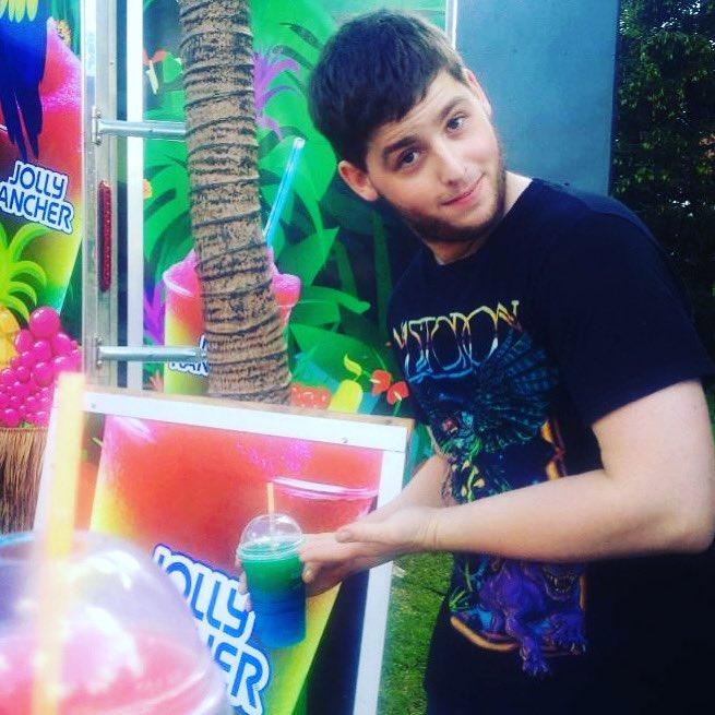 Tyrone buys a slushie at Ribfest - 2013🍁🍁#tbt  . . . . . #ribfest #2013 #tyrone #summer #fun https://t.co/zBnRV3WWQm