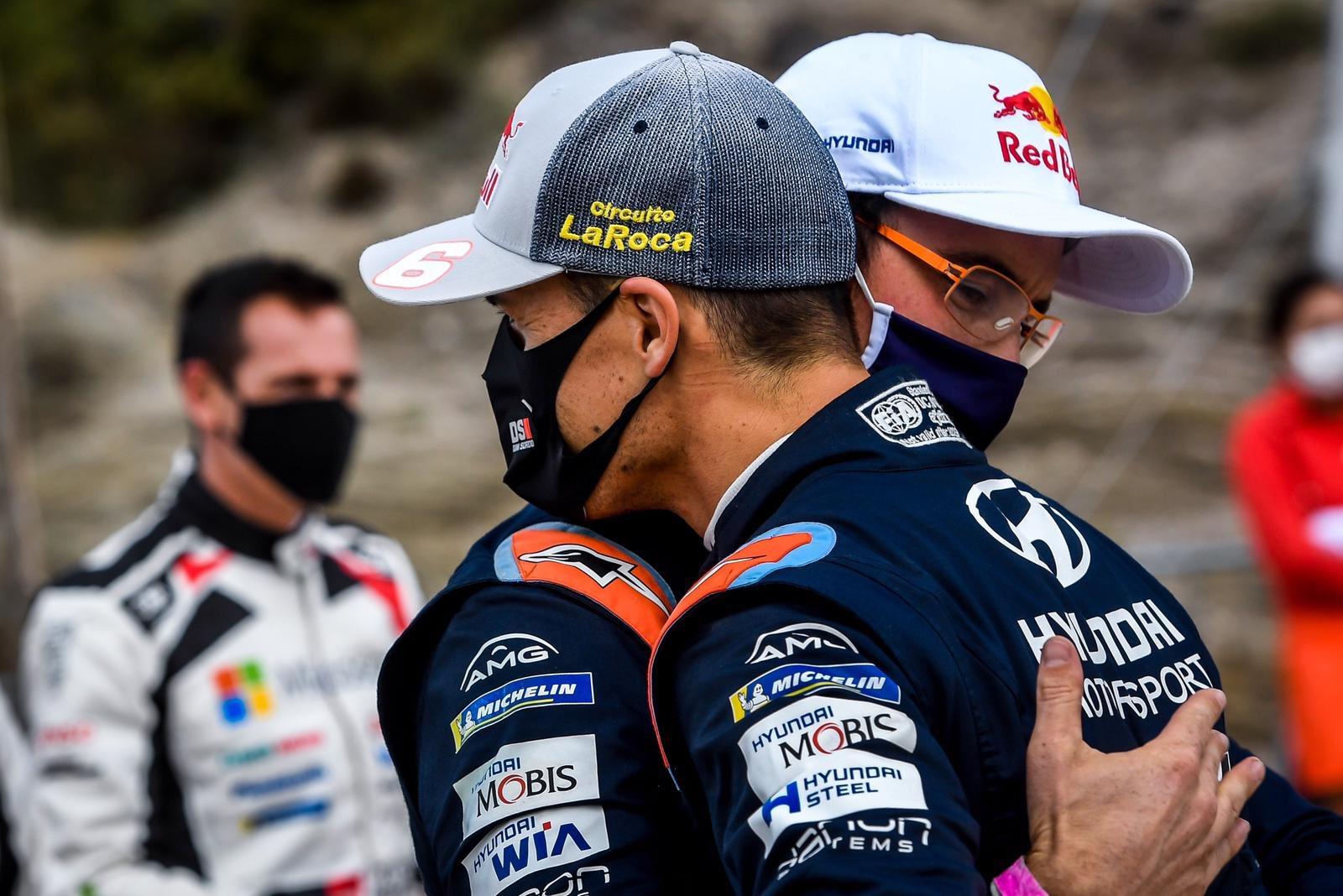 WRC: Rally d' Italia - Sardegna [8-10 Octubre] - Página 7 EkDAwipWAAArLvY?format=jpg&name=large